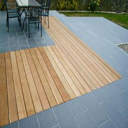images/our-work/costal/deck-paving.jpg