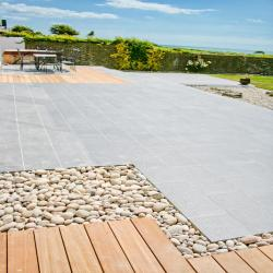 images/our-work/costal/deck-tiles.jpg